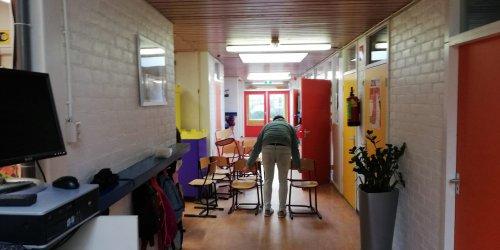 2020-02-19-Schoolmeubels-Zwaag_3