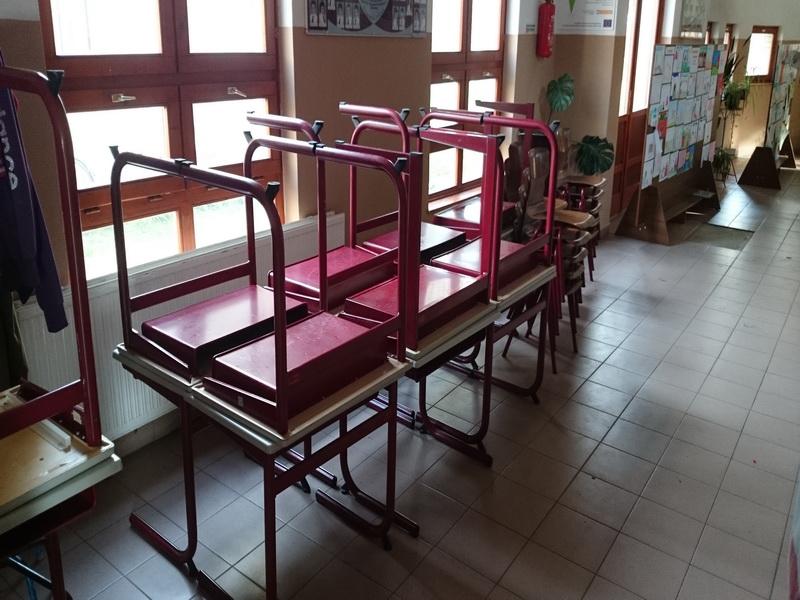 2014-10-20 - Schoolmeubels in NYI - 40