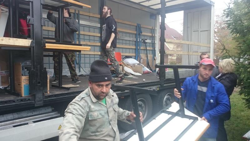 Unloading in Nyíregyháza_01
